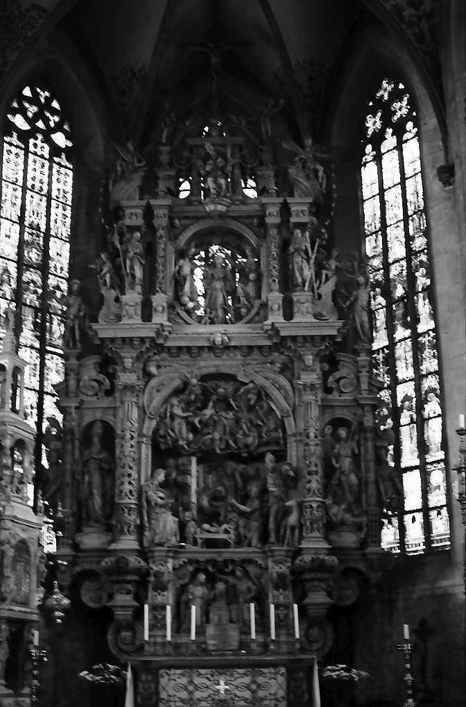 Überlingen: St. Nikolaus Münster, Hochaltar, Bild 1