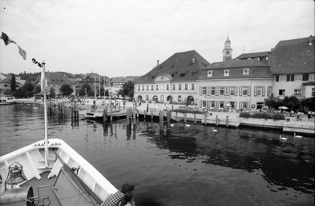 Überlingen: Vom Schiff auf Anlegeplatz, näher, ohne Münsterturm, Bild 1