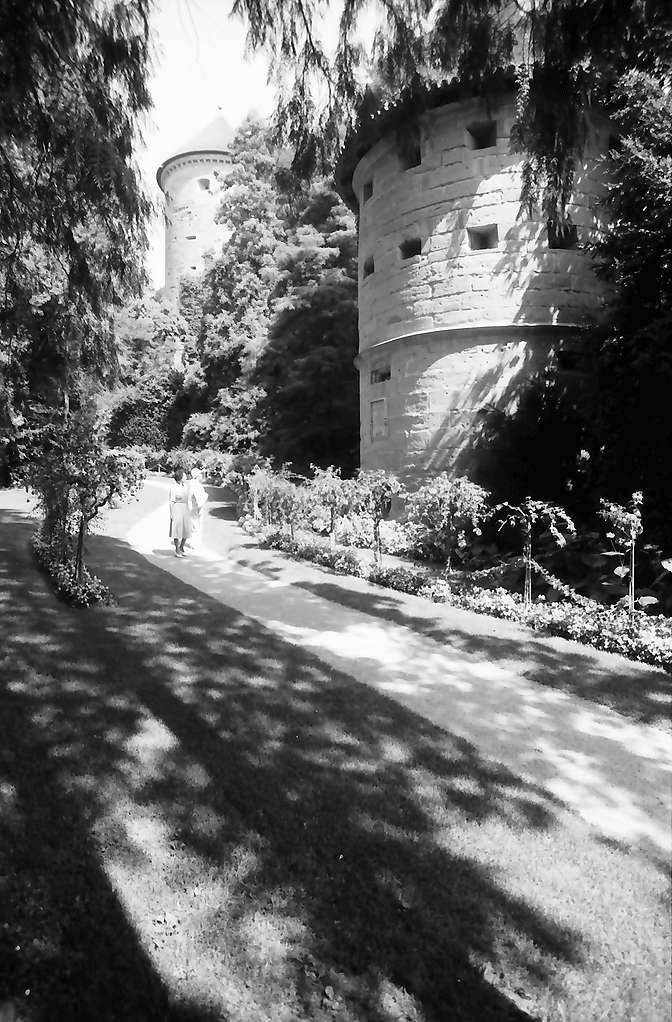 Überlingen: Alter Turm im Park, Bild 1