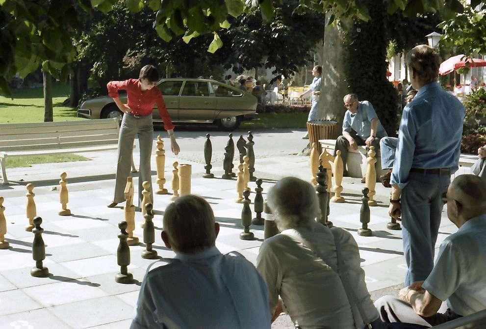 Überlingen: Freilichtschachspiel im Park, Bild 1