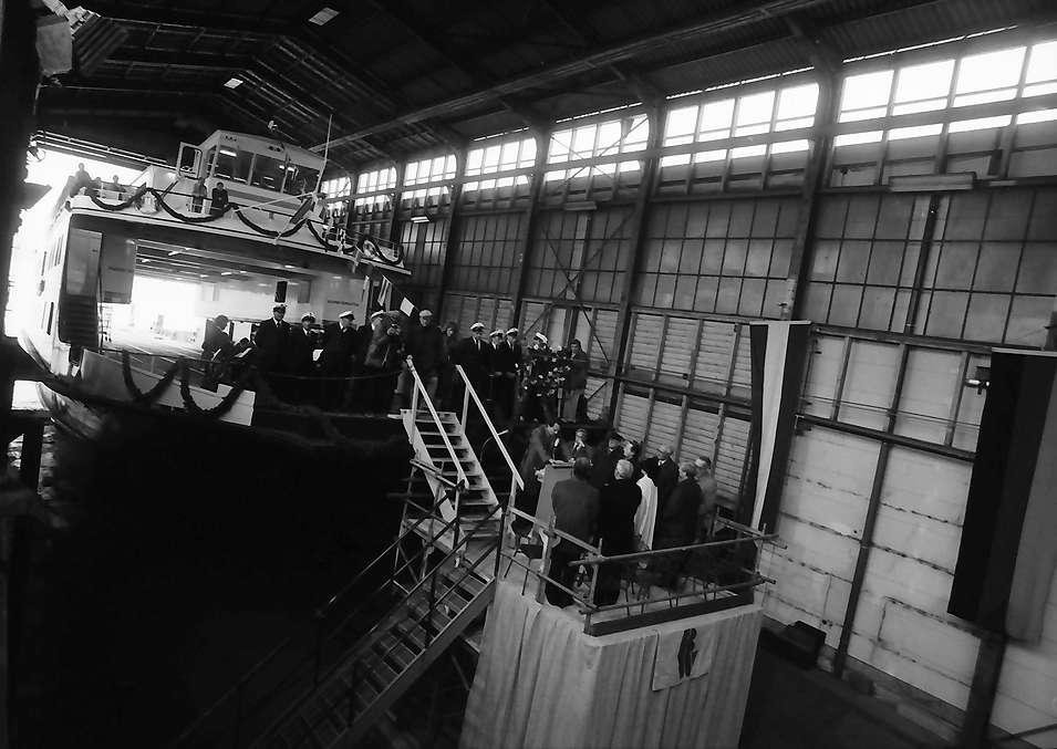 Kressbronn: Stapellauf Fährschiff M.S. Friedrichshafen, Festakt in der Bodan Werft, Bild 1