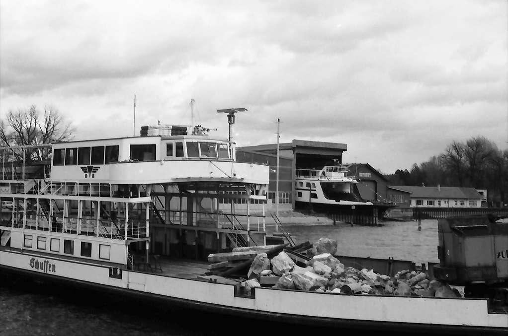 """Kressbronn: Stapellauf Fährschiff M.S. Friedrichshafen, ausgedient: Fährschiff """"Schussen"""", Bild 1"""