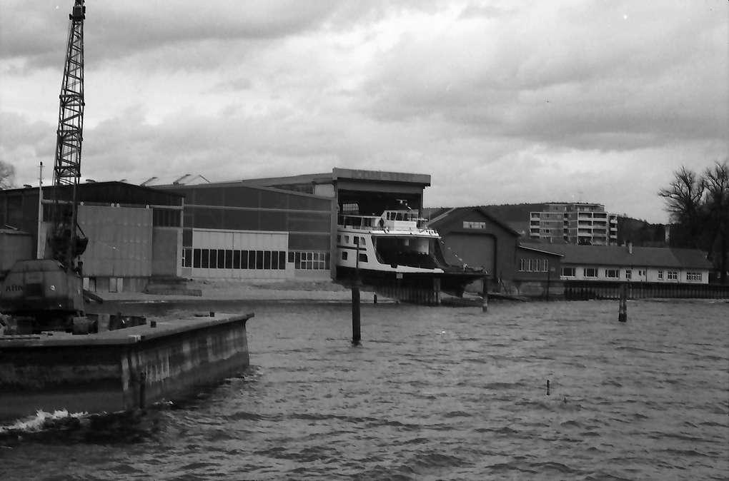 Kressbronn: Stapellauf Fährschiff M.S. Friedrichshafen, Gesamtansicht, Bodan Werft mit M.S. Friedrichshafen, Bild 1