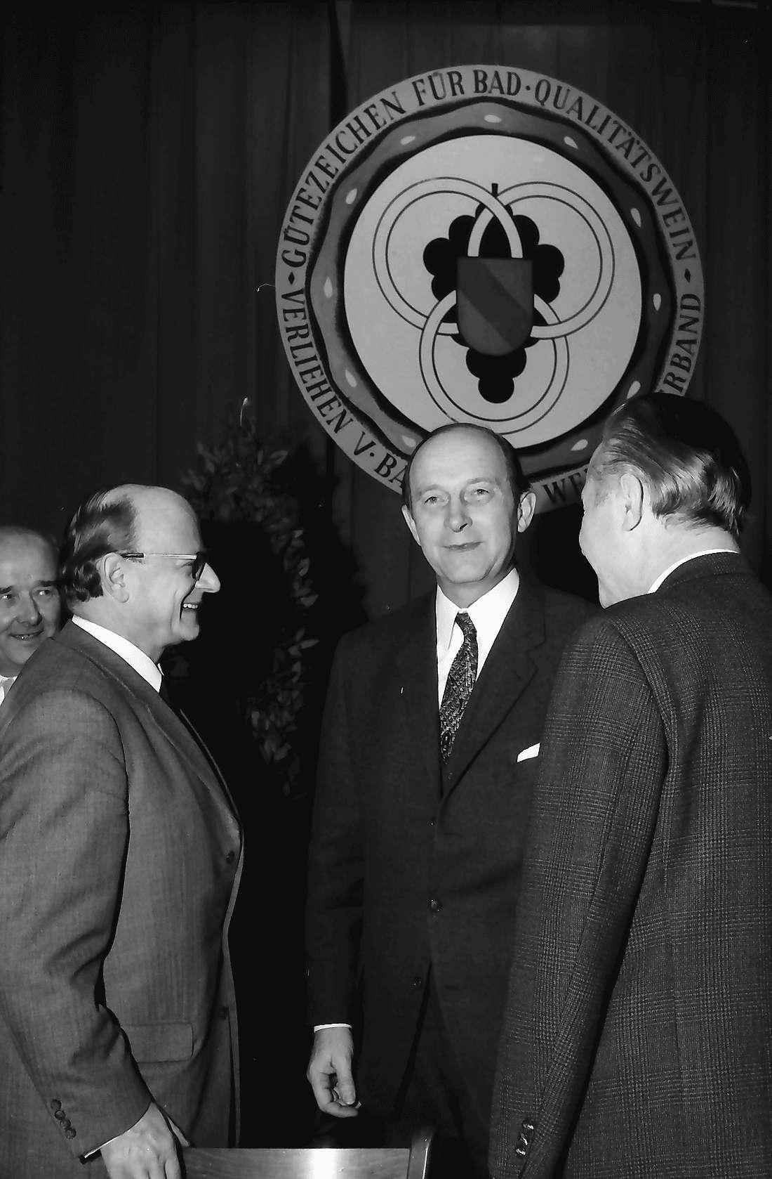 Offenburg: Oberrheinhalle; Begrüßung Ministerpräsident Filbinger, Bild 1