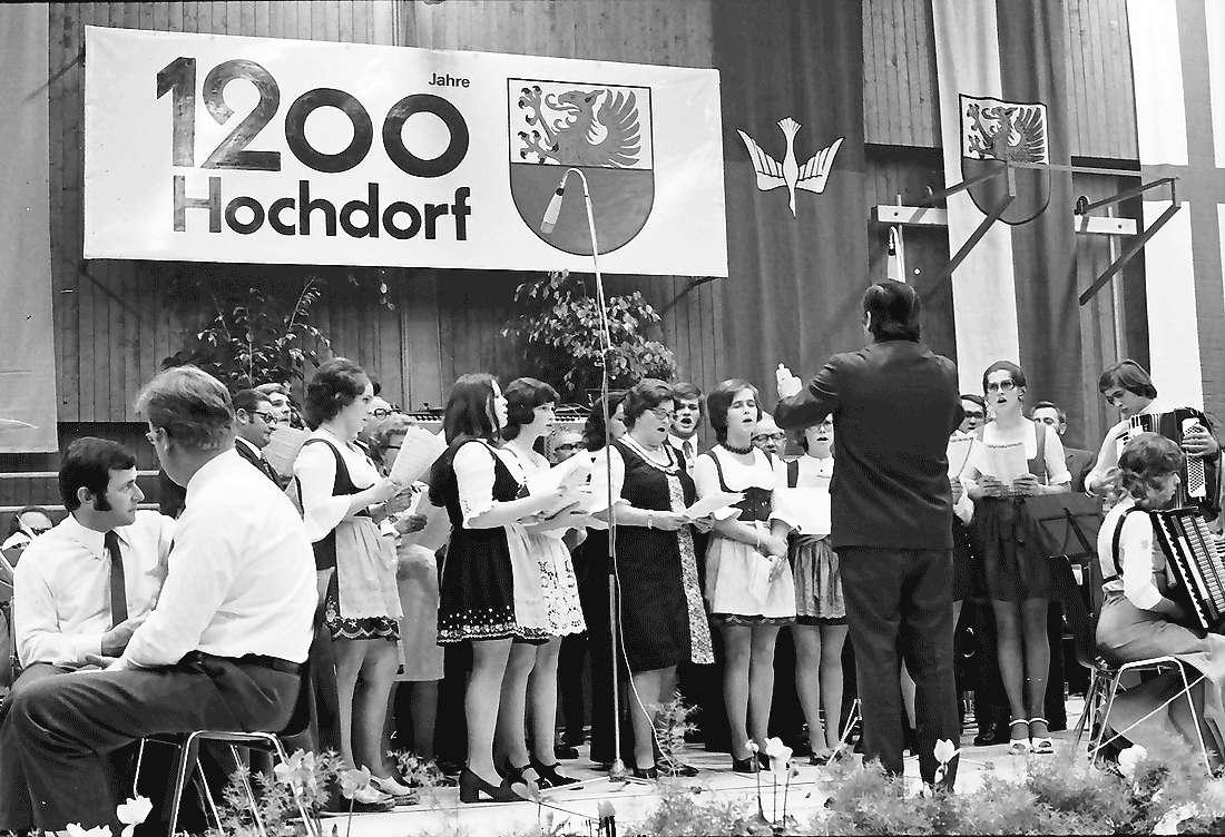 Hochdorf: Mooswaldhalle; Heimatabend; 1200 Jahre Hochdorf, Bild 1