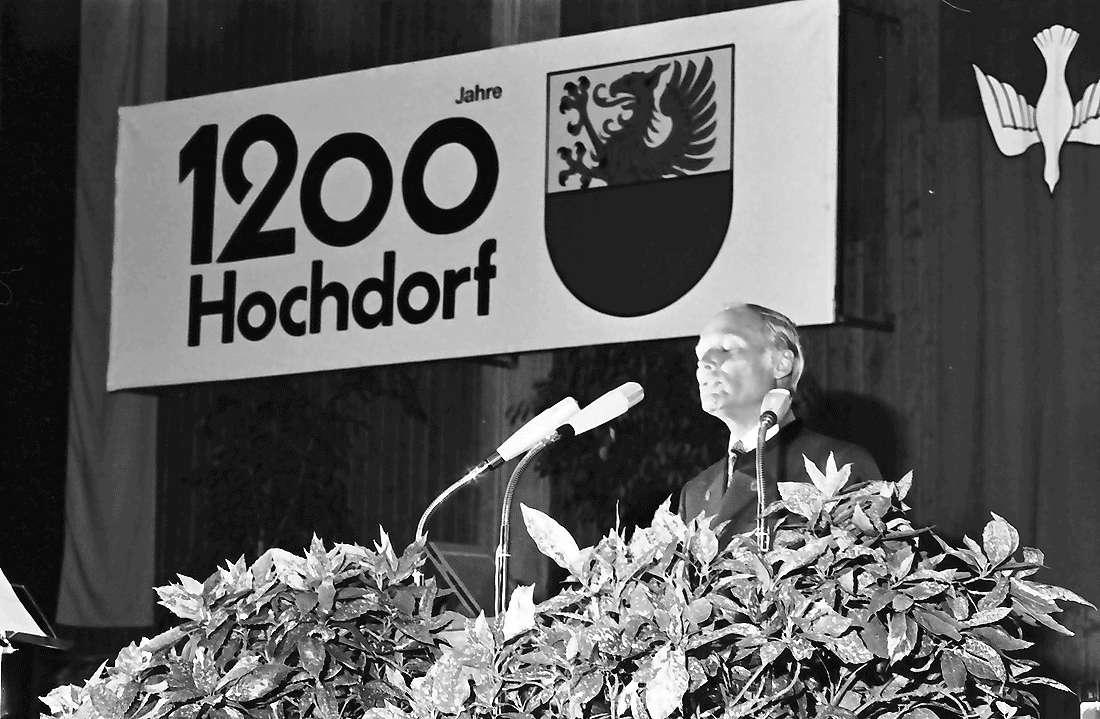 Hochdorf: Mooswaldhalle; Festakt; Ansprache: Dr. Keidel, Bild 1