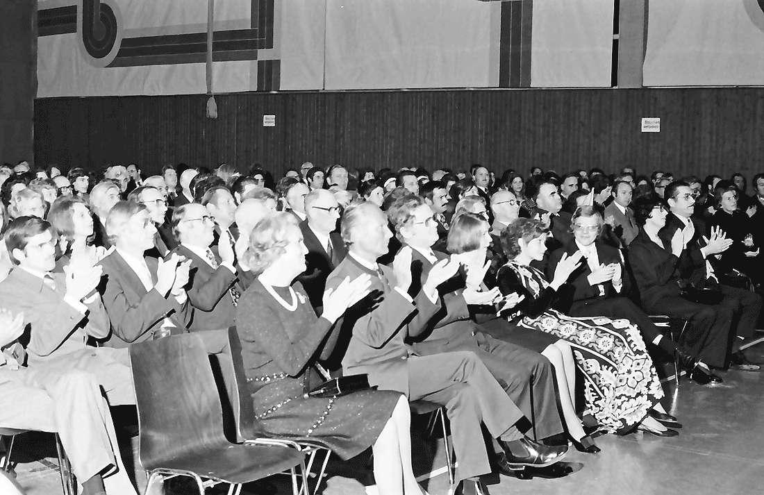 Hochdorf: Mooswaldhalle; Festakt; Publikum, Bild 1
