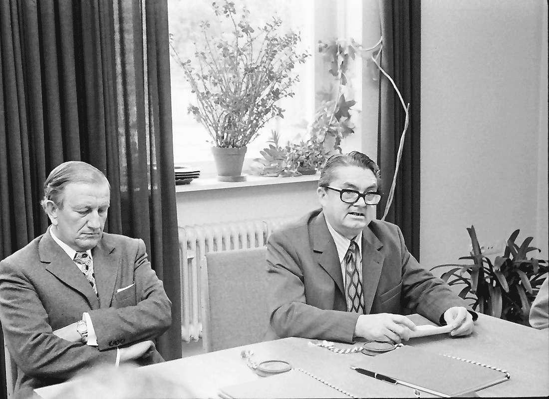 Kappel: Rathaus; Eingemeindung Kappel; 1. Bürgermeister Dr. Graf, Bürgermeisterstellvertreter Karl Wider, Bild 1