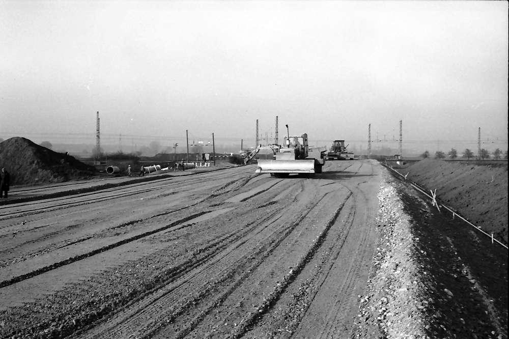 Kenzingen: Dammaufschüttung für Überführung über die Rheintalstrecke, Bild 1