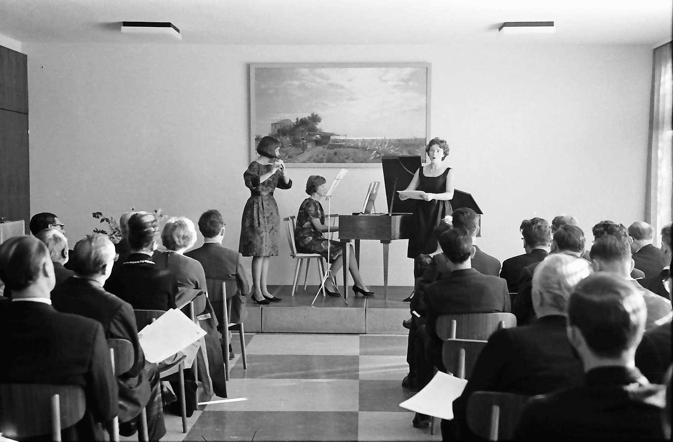 Staufen: Konzert: Geza Maatz (Flöte); Eva Schmidt-Rennen (Sopran); Fine Frakamp (Cembalo), Bild 1