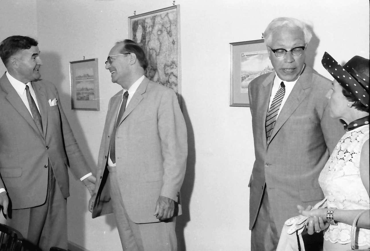 Breisach: Drei Regierungspräsidenten begrüßen sich, Bild 1