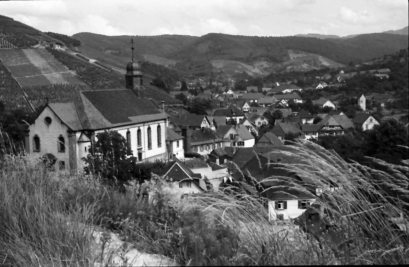 Durbach: Gesamtblick auf den Ort, Bild 1