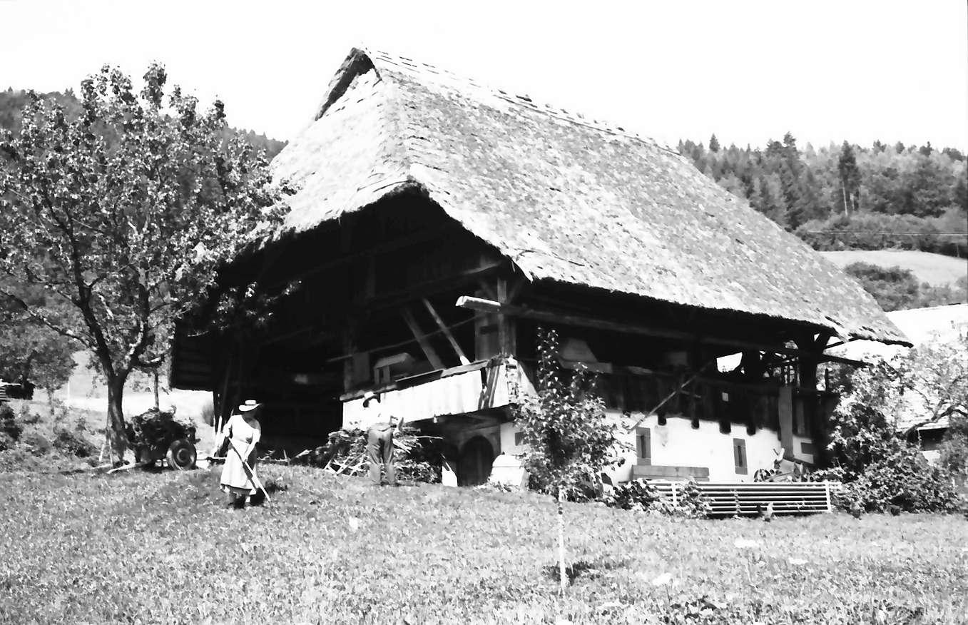 Oberwolfach: Strohgedeckter Heuschober, Bild 1