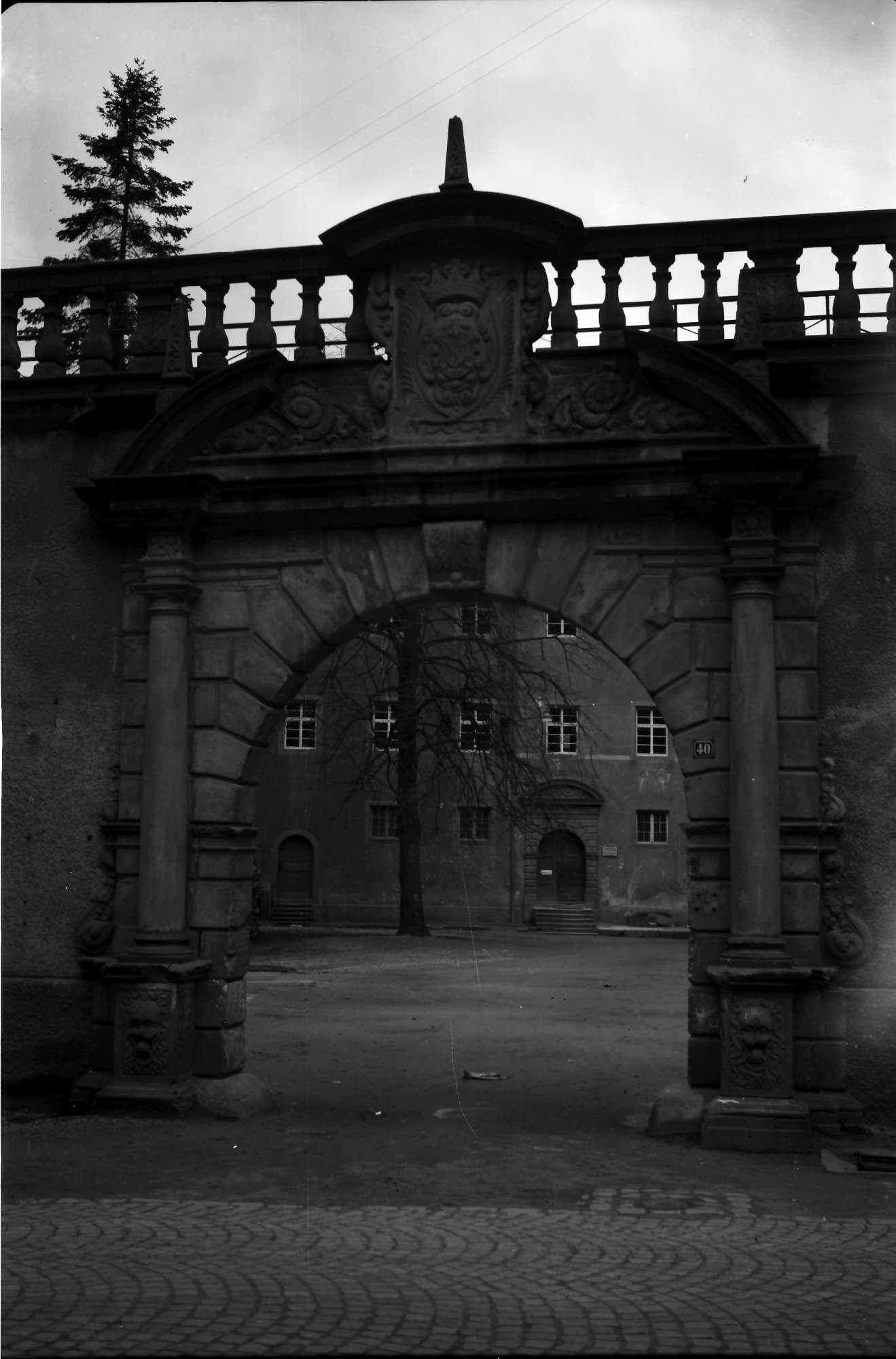 Wolfach: Tor im Schloss, Bild 1