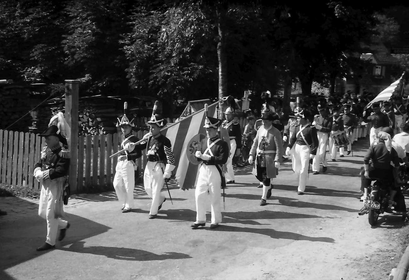 Oberharmersbach: Appell der Badischen Bürgerwehren; Aufmarsch der Harmersbacher, Bild 1