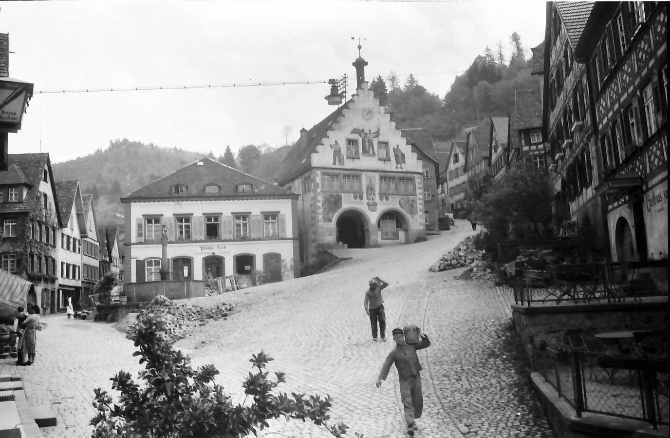 Schiltach: Marktplatz und Rathaus, Bild 1