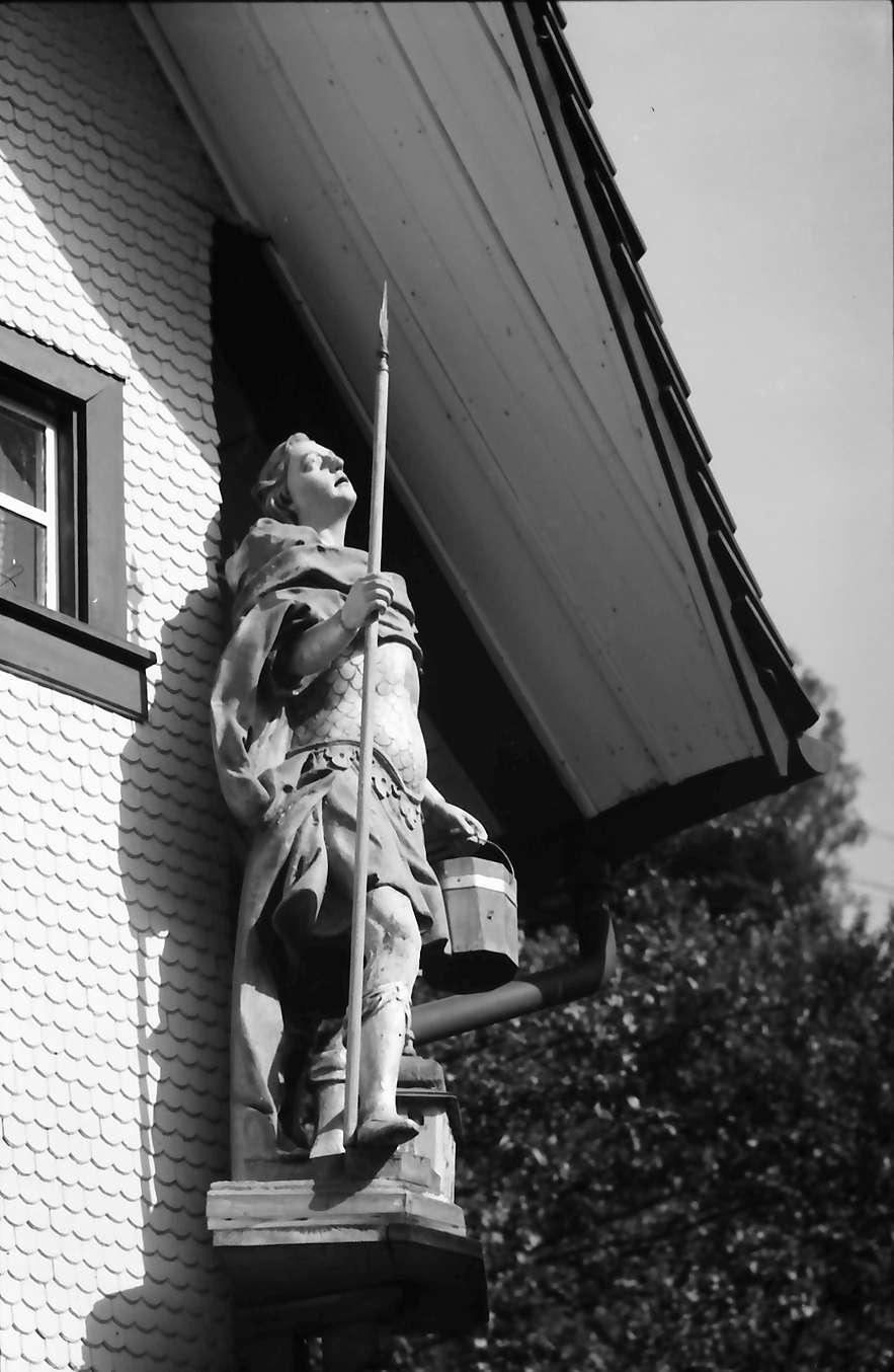 Schapbach: Heiliger Florian am Hof unter dem Dach, Bild 1