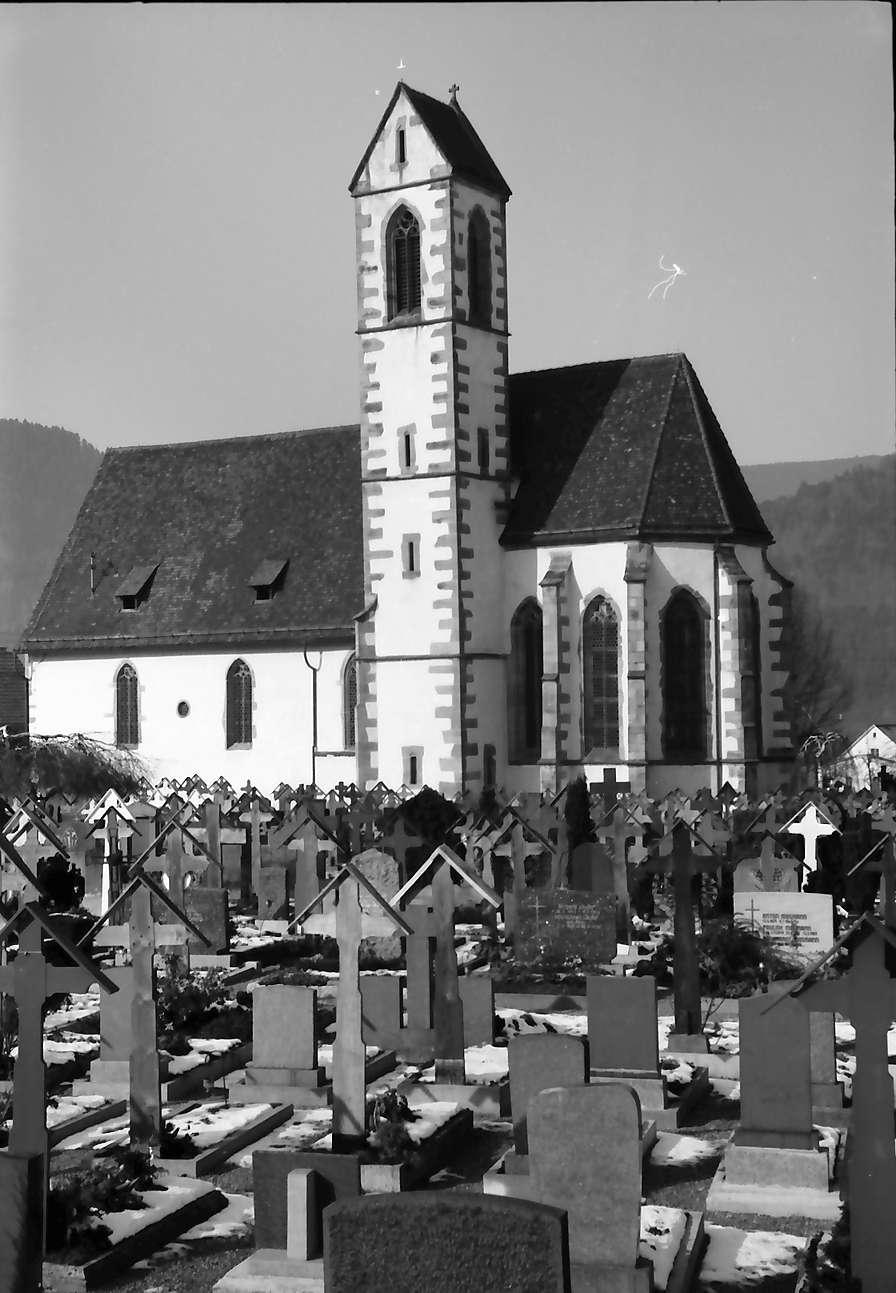 Hausach: Hausach Dorf; Kirche mit Friedhof, Bild 1