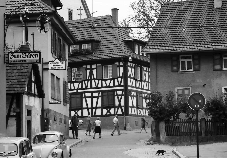 Zell am Harmersbach: Gasse mit Gastwirtschaft: Bären, Bild 1