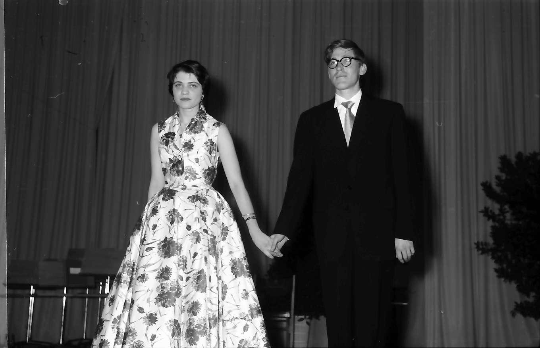 Donaueschingen: Donaueschinger Musiktage; Wilhelm Killmayer und Lieselotte Ebnet nehmen Beifall entgegen, Bild 1