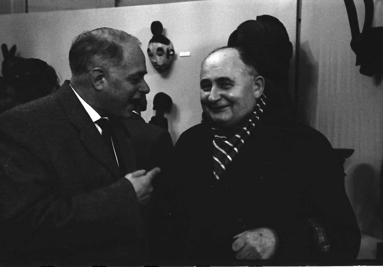 "Donaueschingen: Donaueschinger Musiktage; Museum Lichtspiele; Max Rieple und Alois Hába auf der Ausstellung ""Kaléidoscope de l"