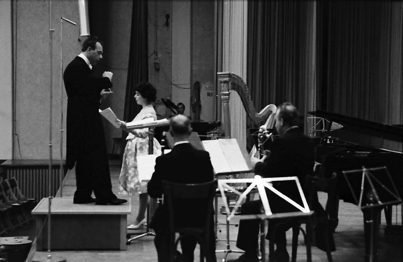 Donaueschingen: Donaueschinger Musiktage; Konzert Anton Webern mit Eva Maria Rogner, Bild 1