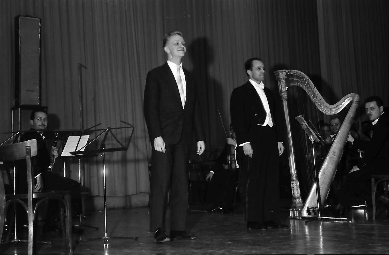 Donaueschingen: Donaueschinger Musiktage; Henri Pousseur nach dem Konzert, Bild 1