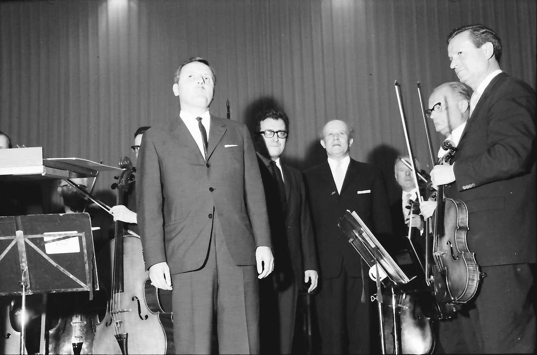 Donaueschingen: Donaueschinger Musiktage; Francis Pierre, Harfe, Bild 1