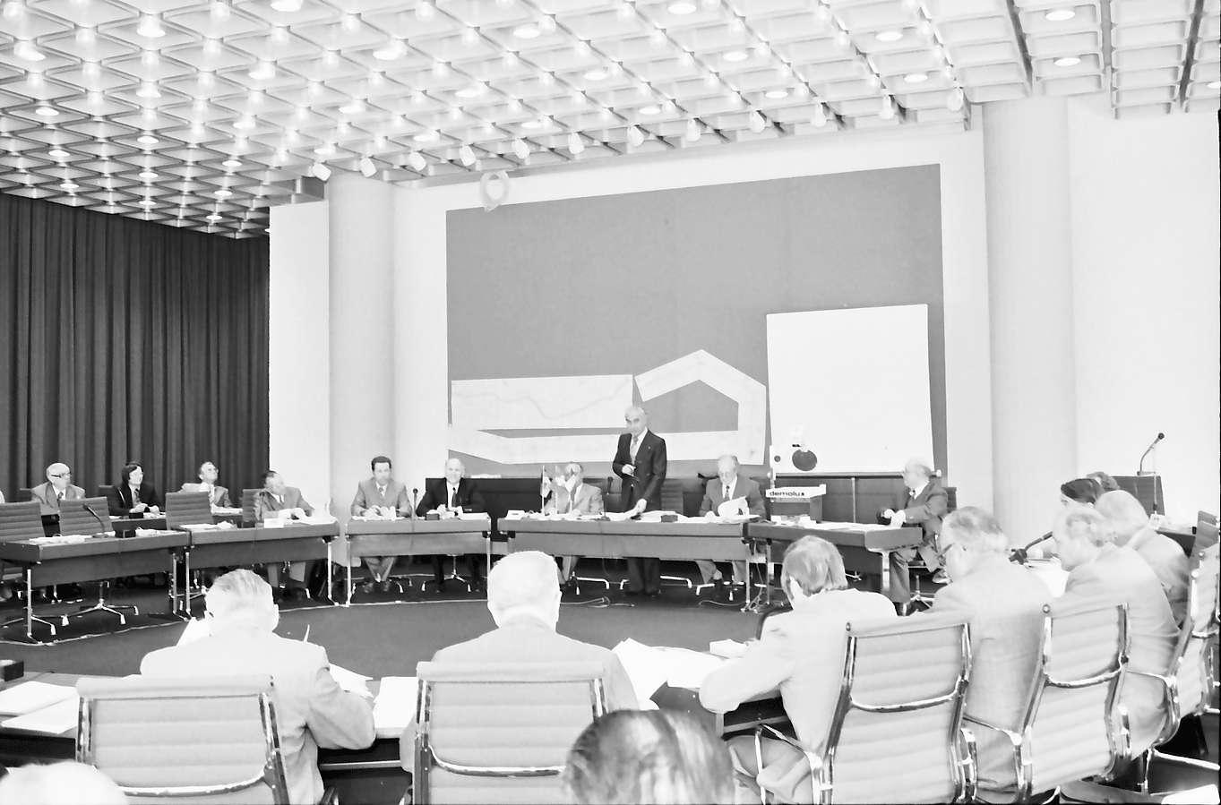 Lörrach: Neues Rathaus; Regio Conférence Tripartite; Gesamtkonferenz, Bild 1