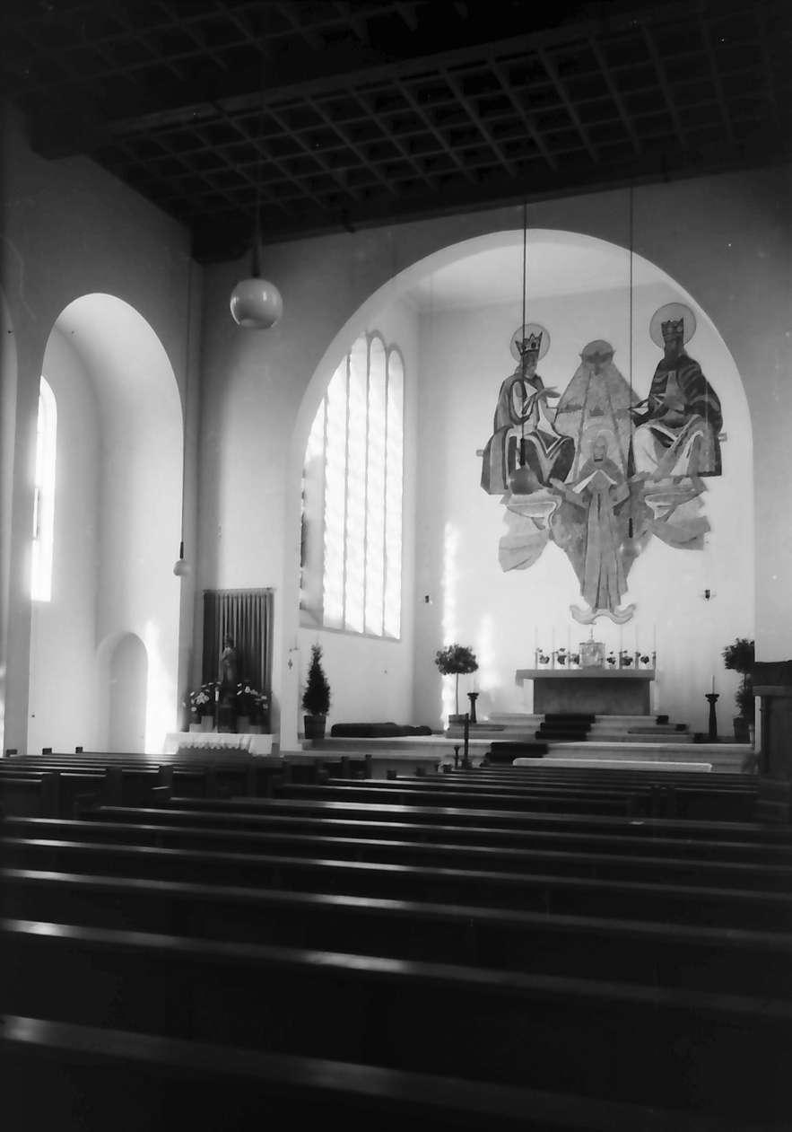 Neuenburg: Kirche, Inneres mit Mosaik, Bild 1