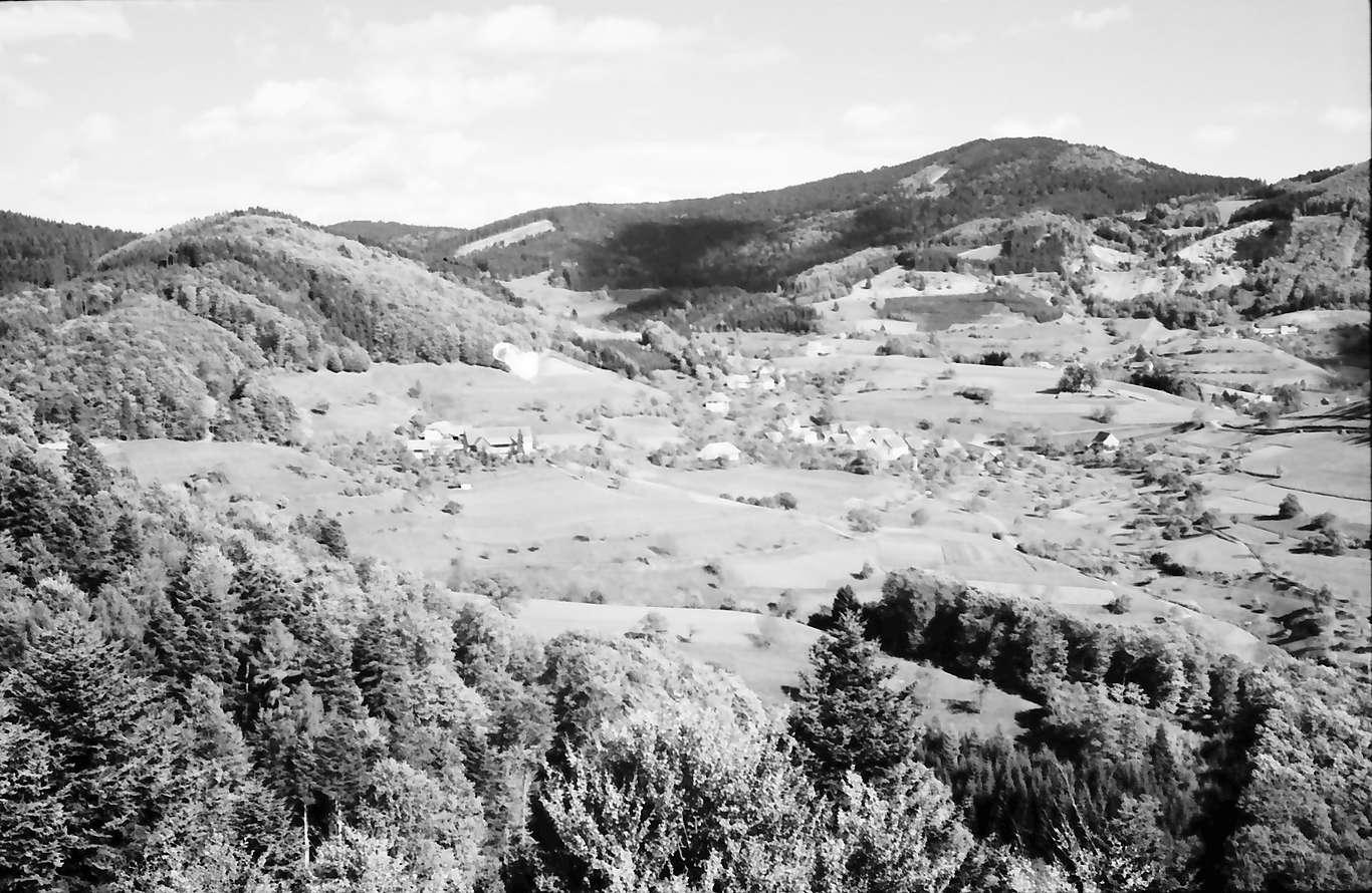 Vogelbach: Fernblick auf Ort, Bild 1