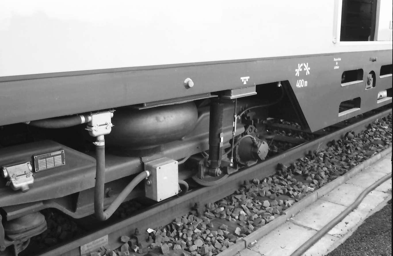 Kehl: Luftkissenfederung; Turmtriebwagen, Bild 1