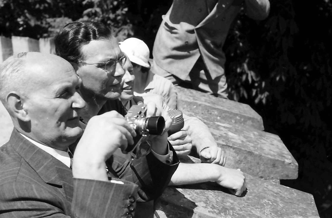 Insel Mainau: Empfang des Prinzen auf der Insel Mainau: Gerhard Domagk, Graf Lennart Bernadotte, Bild 1