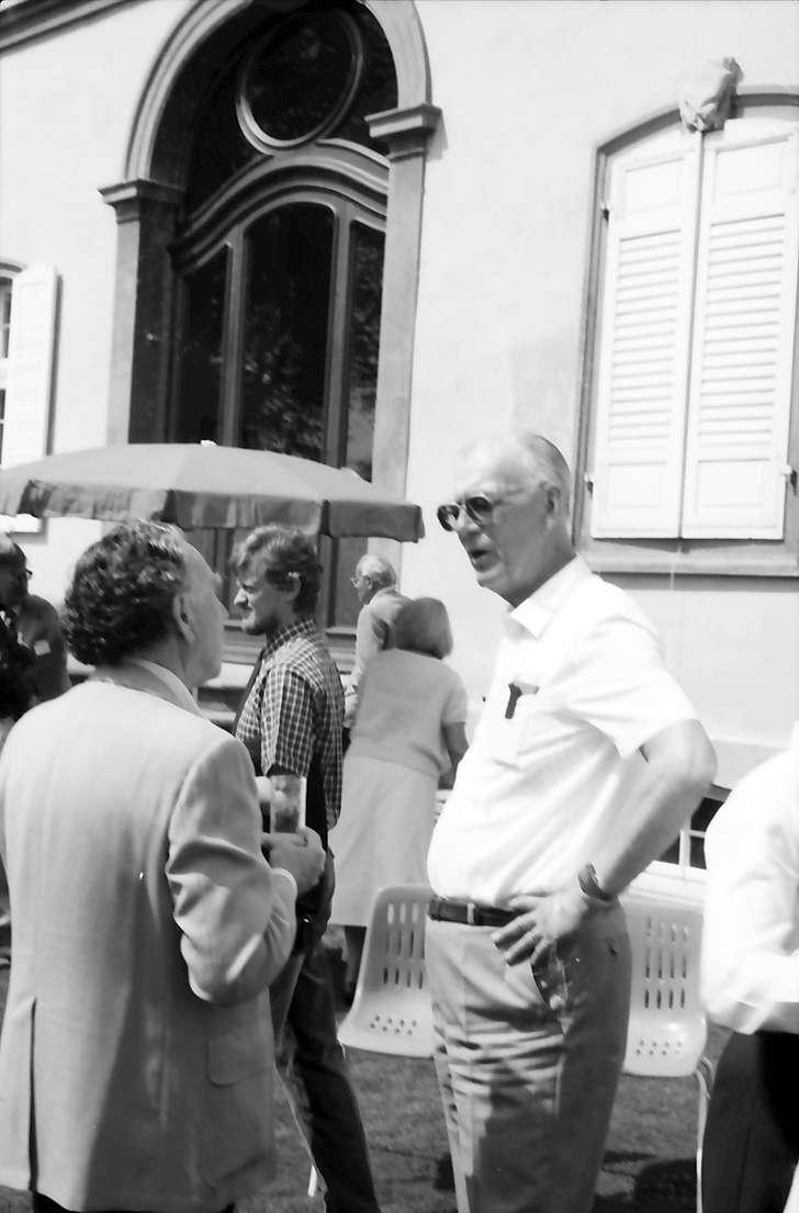 32. Tagung 1982 Physiker; Mainau: Robert Hofstadter mit Graf Lennart Bernadotte, Bild 1