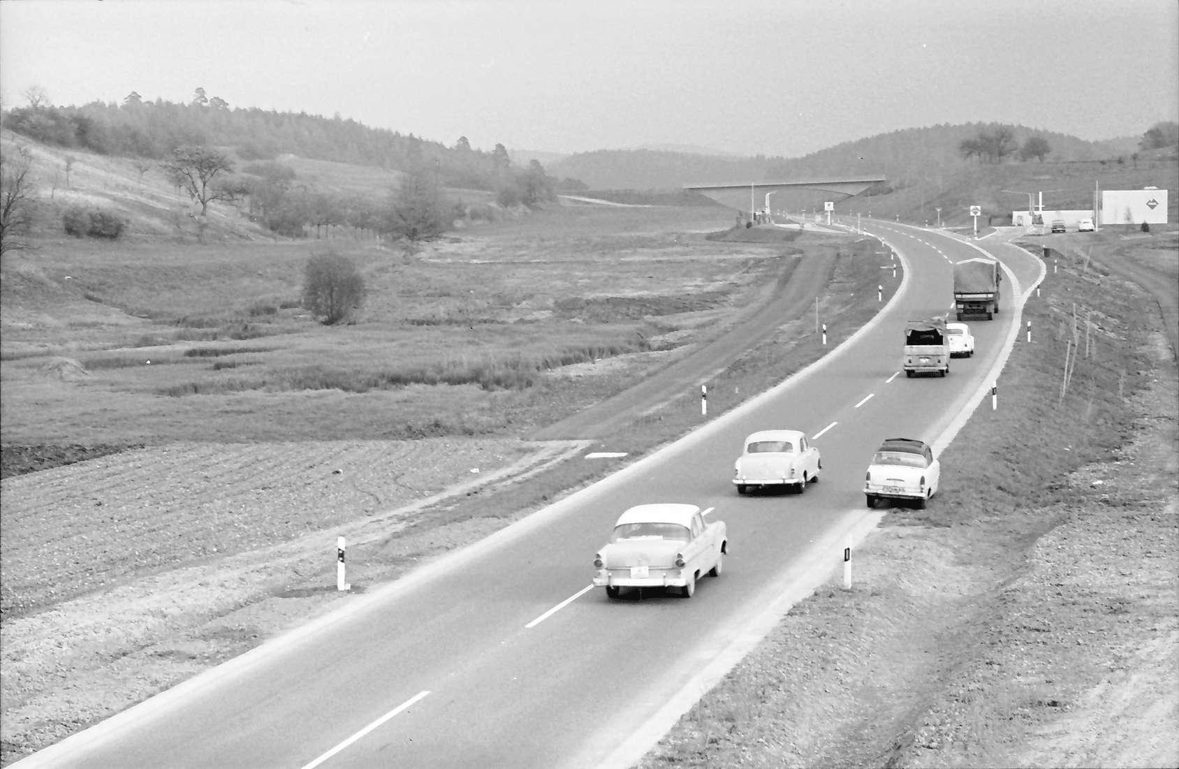 Allensbach: Umgehungsstraße von der Brücke nach Süden, Bild 1
