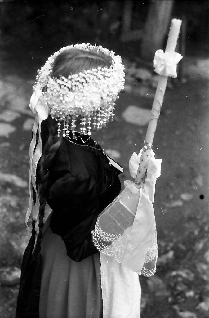 Glottertal: Das Fräulein Fehrenbach; Kopfschmuck von oben, Bild 1