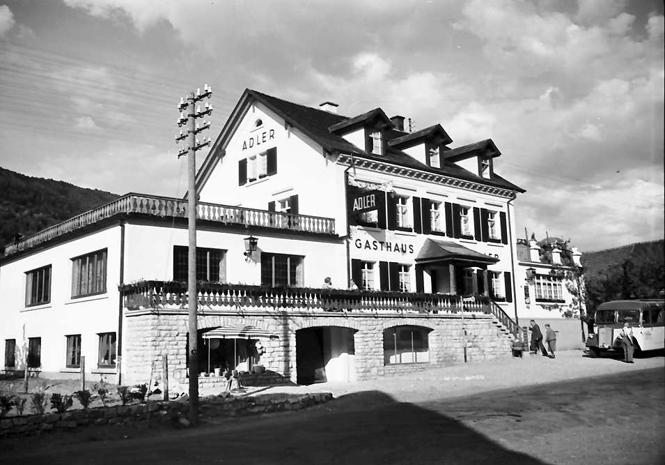 Glottertal: Gasthaus zum Adler; Straßenansicht von Südwest, Bild 1