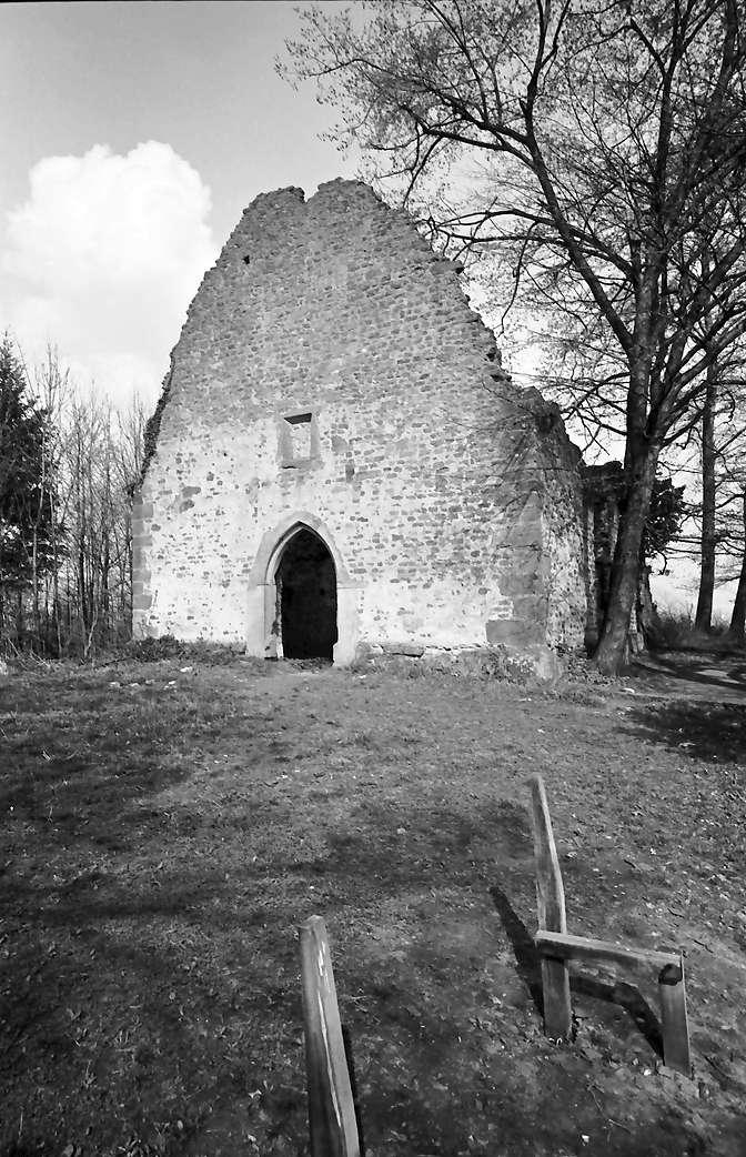 Denzlingen: Ruine St. Severin; Westgiebel, Bild 1