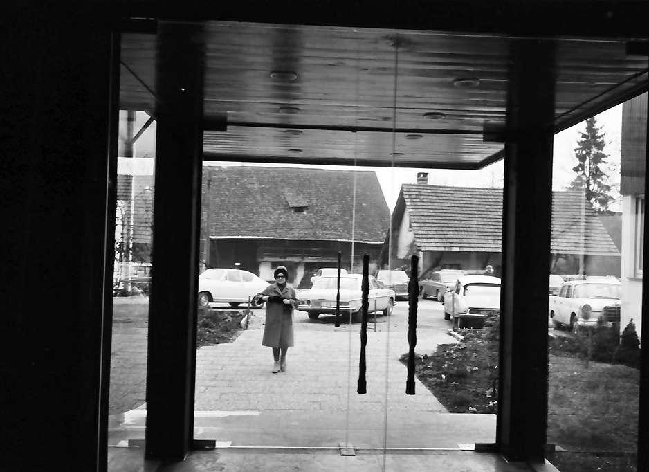 Glottertal: Gasthaus zum Hirschen; Eingang von innen, Bild 1