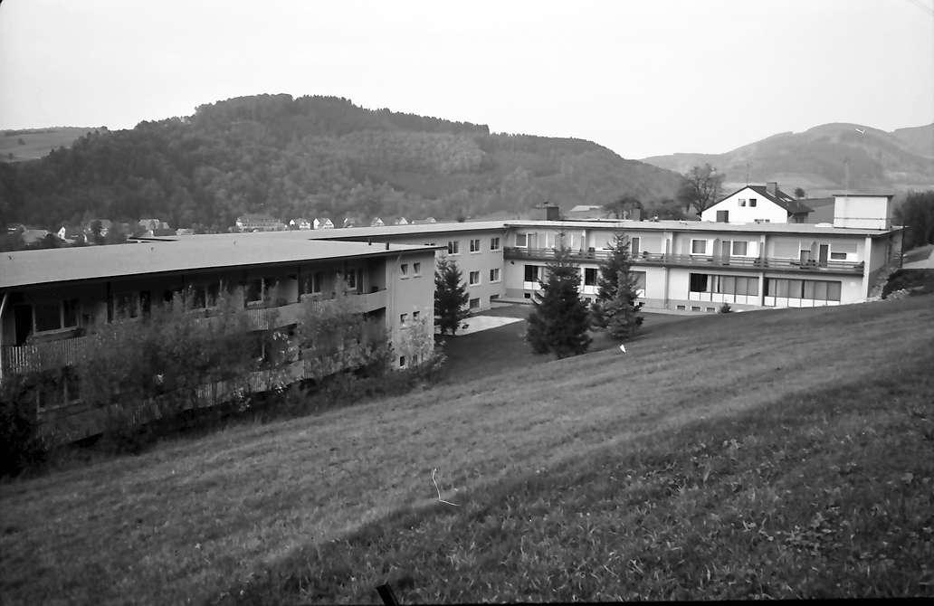 Elzach: Neurochirurgische Klinik; Außenansicht, Bild 1
