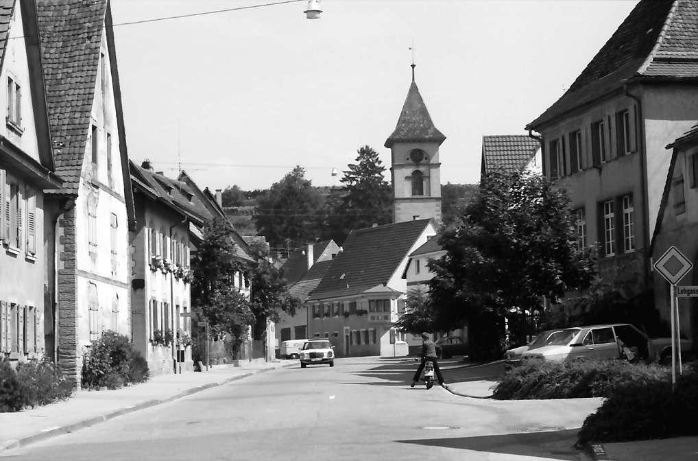 Malterdingen: Hauptstraße mit Kirche, Bild 1