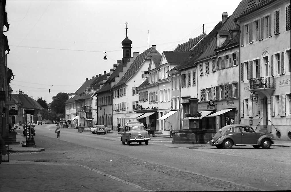 Kenzingen: Hauptstraße, Bild 1