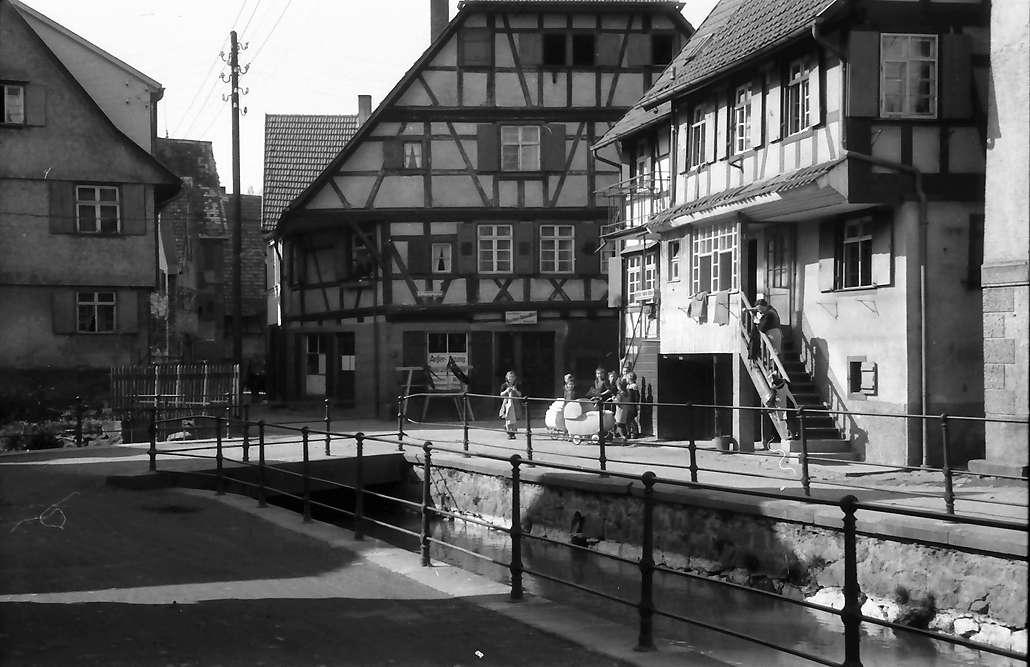 Oberkirch: Fachwerkhäuser am Kanal, Bild 1