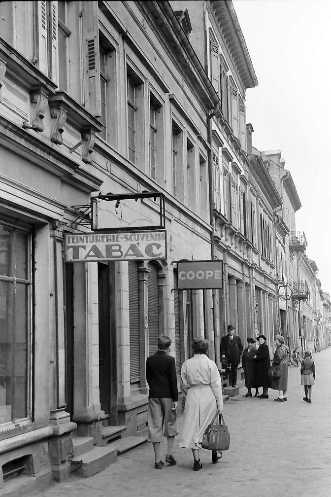 Kehl: Französiche Schilder in der Hauptstaße, Bild 1