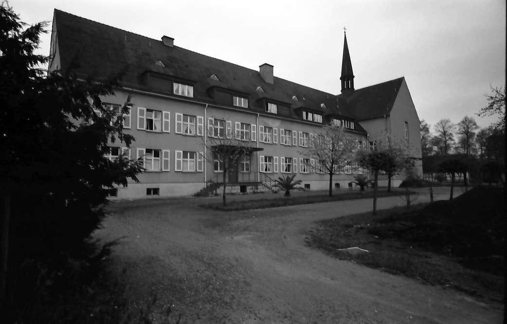 Nonnenweier: Mütterheim; Längsflügel, Bild 1