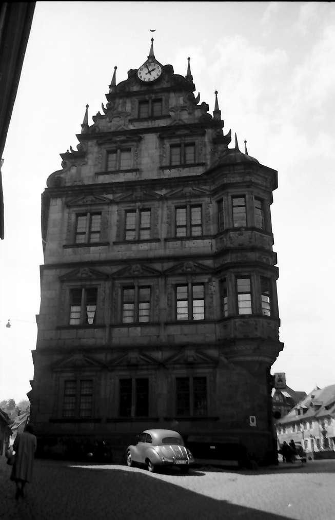 Gernsbach: Altes Rathaus von vorne, Bild 1