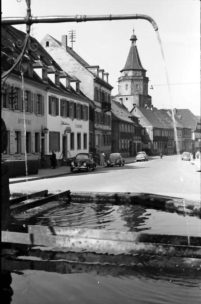 Gengenbach: Durch Brunnen (Röhrbrunnen), Bild 1