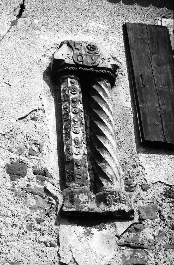 Kenzingen: Säulen, Bild 1