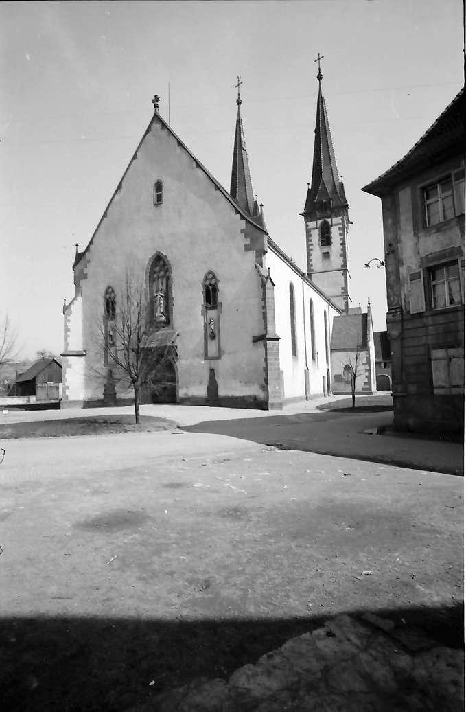 Kenzingen: Stadtpfarrkirche St. Laurentius, Bild 1