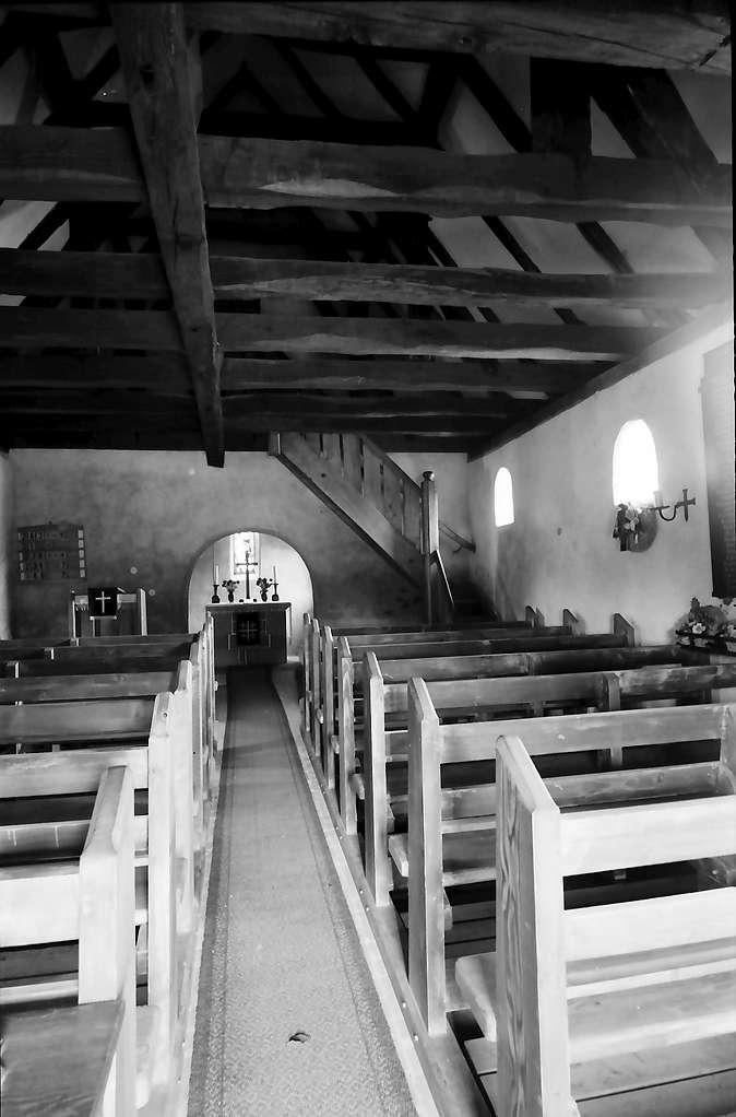 Freistett: Inneres des Heidenkirchels, Bild 1